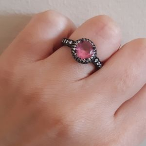 🖤Black S925 Ring with Pink Stone
